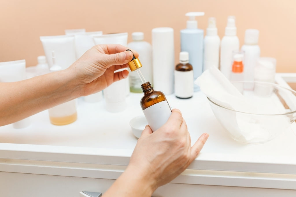 Storing Skincare When You Have Acne-Prone Skin